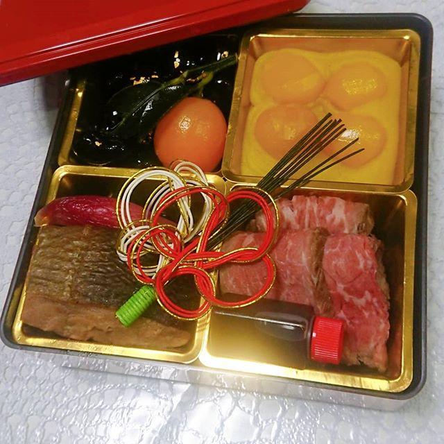 有限会社清元楼様からおせち料理試作品のモニターに選んで頂きました。選んで頂き…
