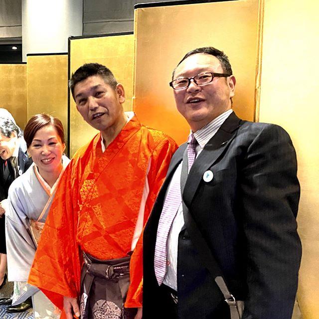 昨夜の一コマ受賞おめでとう御座います🙏現代の名工を受賞された清本健次さんの祝…