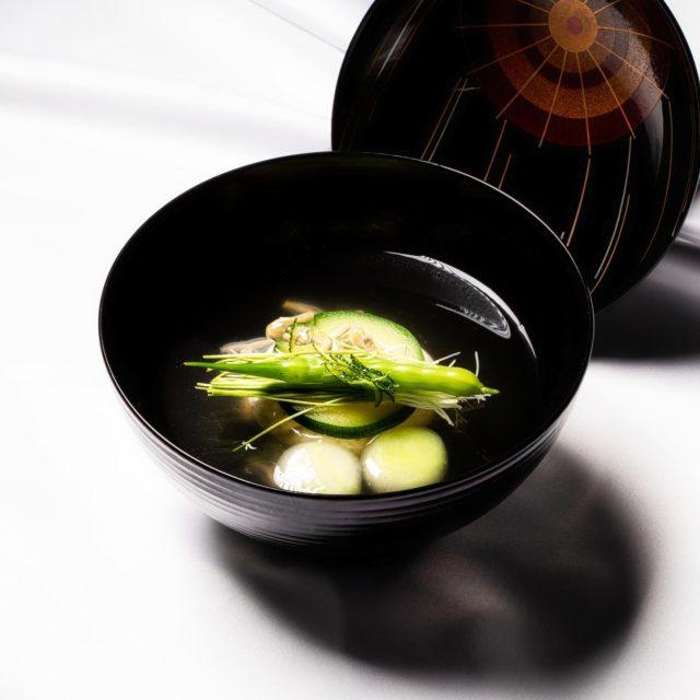 丸仕立て、すっぽん豆腐 煮物椀、