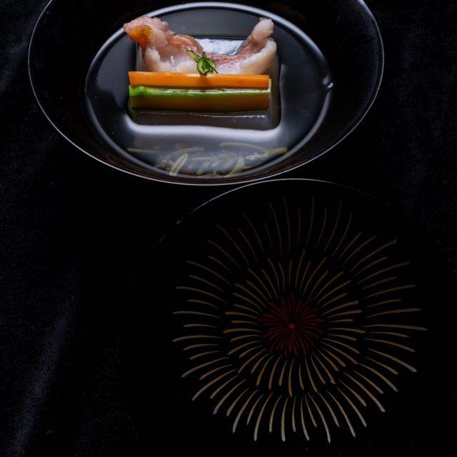 花火 煮物椀 清汁仕立て蓮豆腐 岩床鯰
